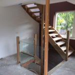 eerste verdieping trapgat met glas